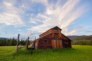 A scenic photograph of an old wood barn in Rocky Mountain National Park, Colorado. - Colorado Landscape Photograph